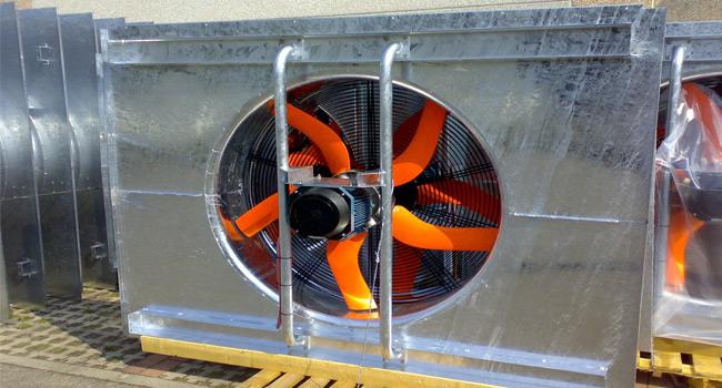Ventilatori diametro 1250mm, con motore elettrico 5,5KW - 6 poli - B3. Pannello esterno e sedia supporto motore realizzati su specifica del cliente